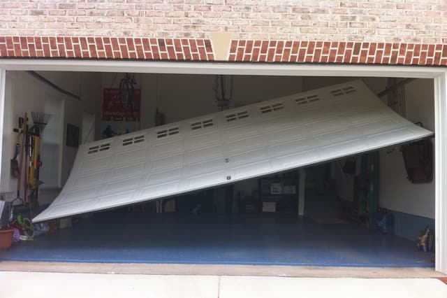 Emergency_Garage_Door_Repair