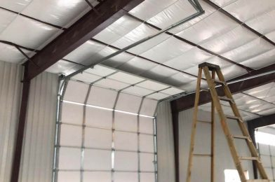 commercial_garage_door_installation_on_wherhouse