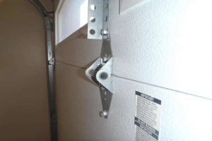 hinges_services