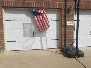 carrige_style_garage_door