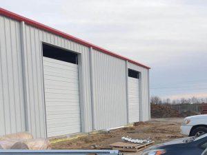 commercial_garage_door_installation_on_wherhouse (7)