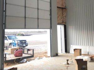 commercial_garage_door_installation_on_wherhouse (9)