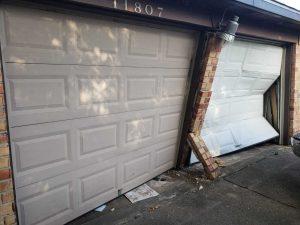 garage door center column removal - before