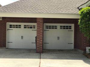 two-white-carrige_style_garage_door(1)